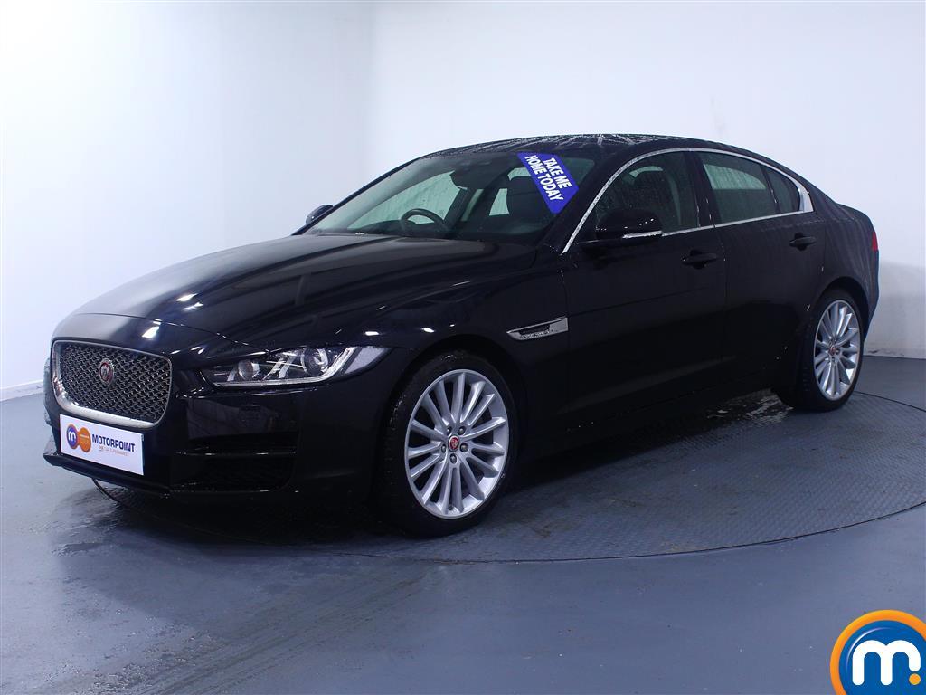 Jaguar XE Portfolio - Stock Number (1027118) - Passenger side front corner