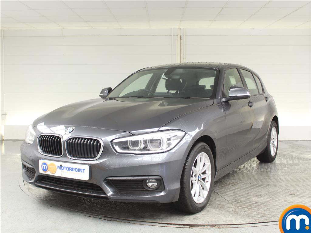 BMW 1 Series SE Business - Stock Number (1022552) - Passenger side front corner