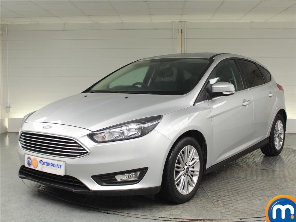Ford Focus Zetec Edition - Stock Number 1024156 Passenger side front corner