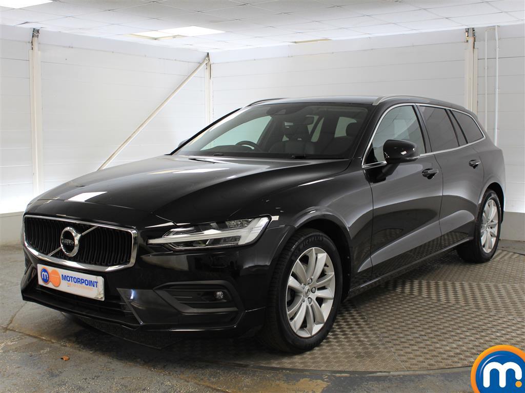 Volvo V60 Momentum Pro - Stock Number (1027816) - Passenger side front corner