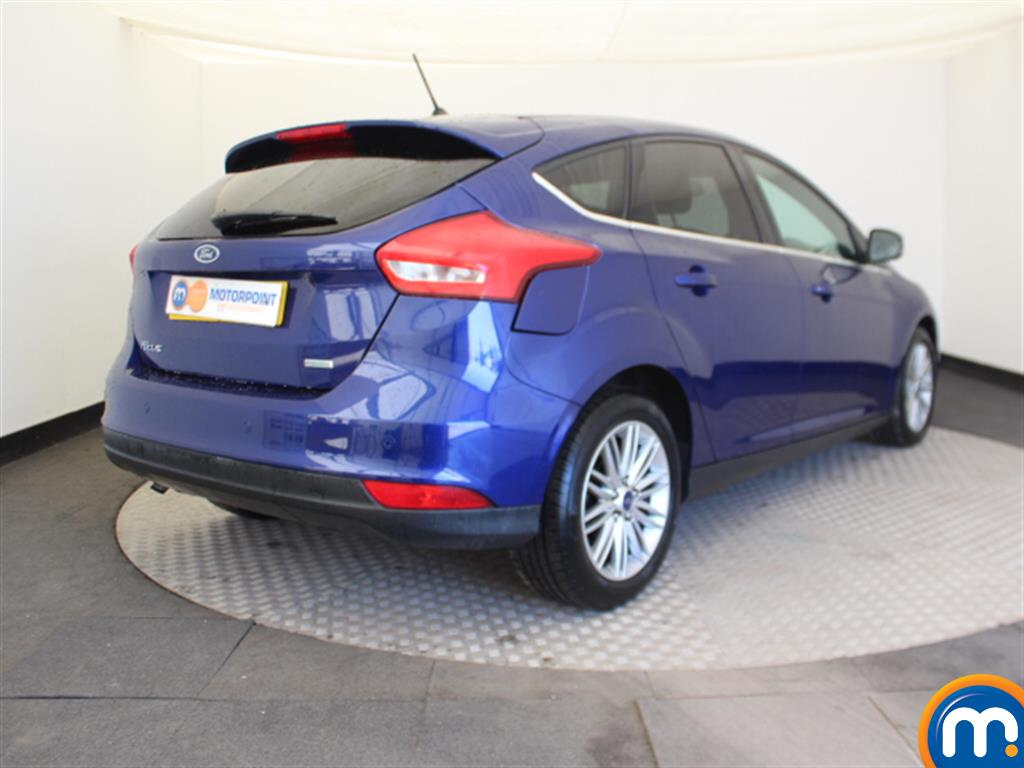 Ford Focus Zetec Edition - Stock Number (1027326) - Passenger side front corner