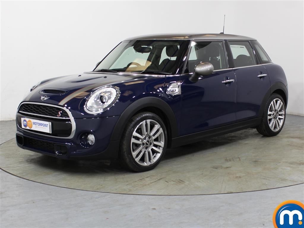 Mini Hatchback Cooper S Seven - Stock Number (1027598) - Passenger side front corner