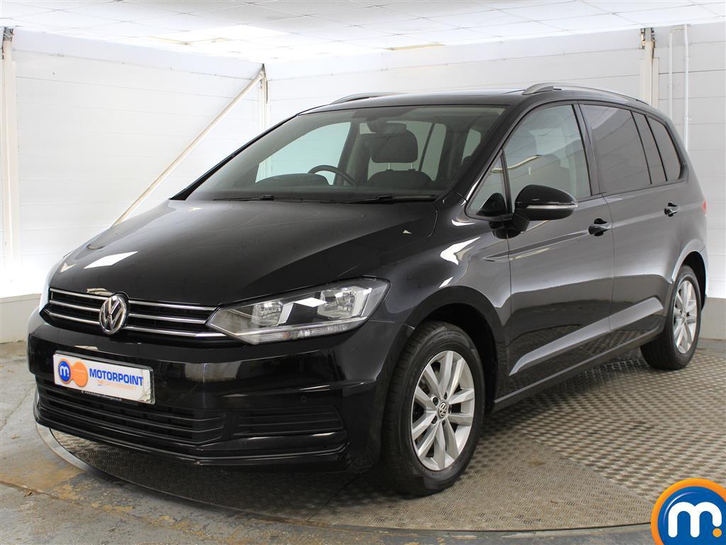 Volkswagen Touran SE Family - Stock Number (1024569) - Passenger side front corner