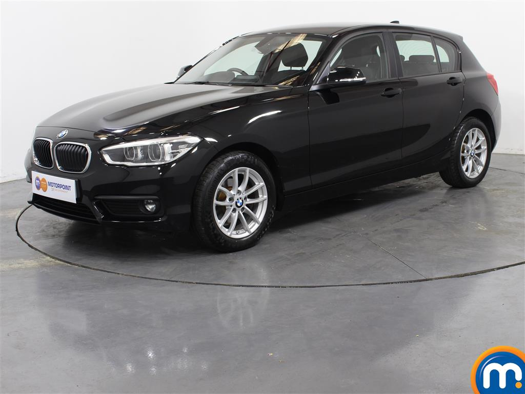 BMW 1 Series SE Business - Stock Number 1025476 Passenger side front corner