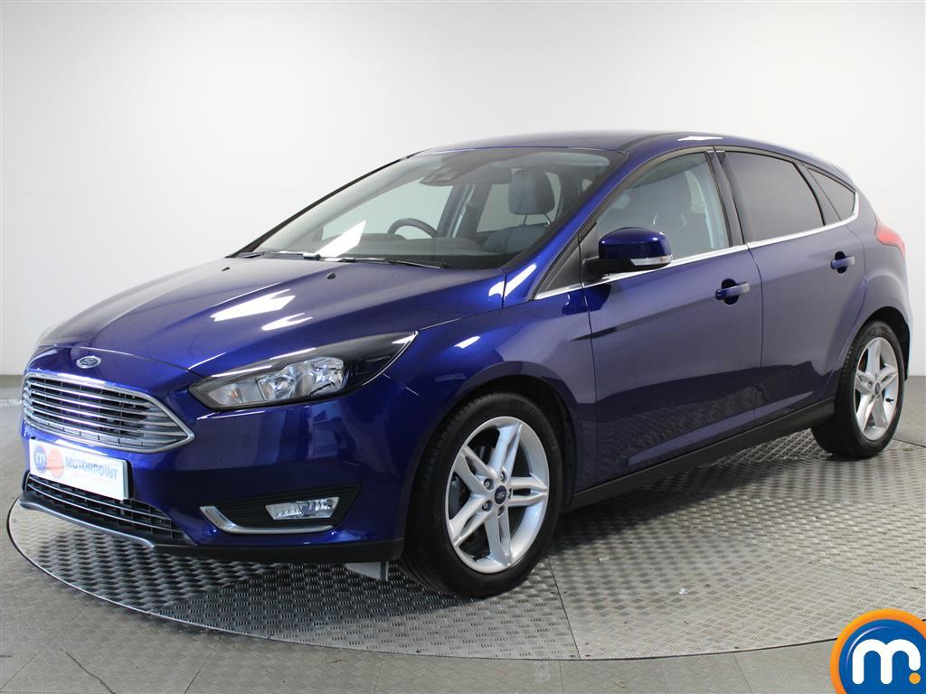 Ford Focus Titanium - Stock Number (1027610) - Passenger side front corner