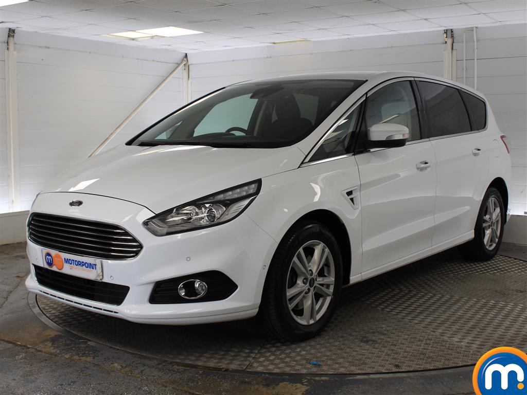 Ford S-Max Titanium - Stock Number (1030500) - Passenger side front corner