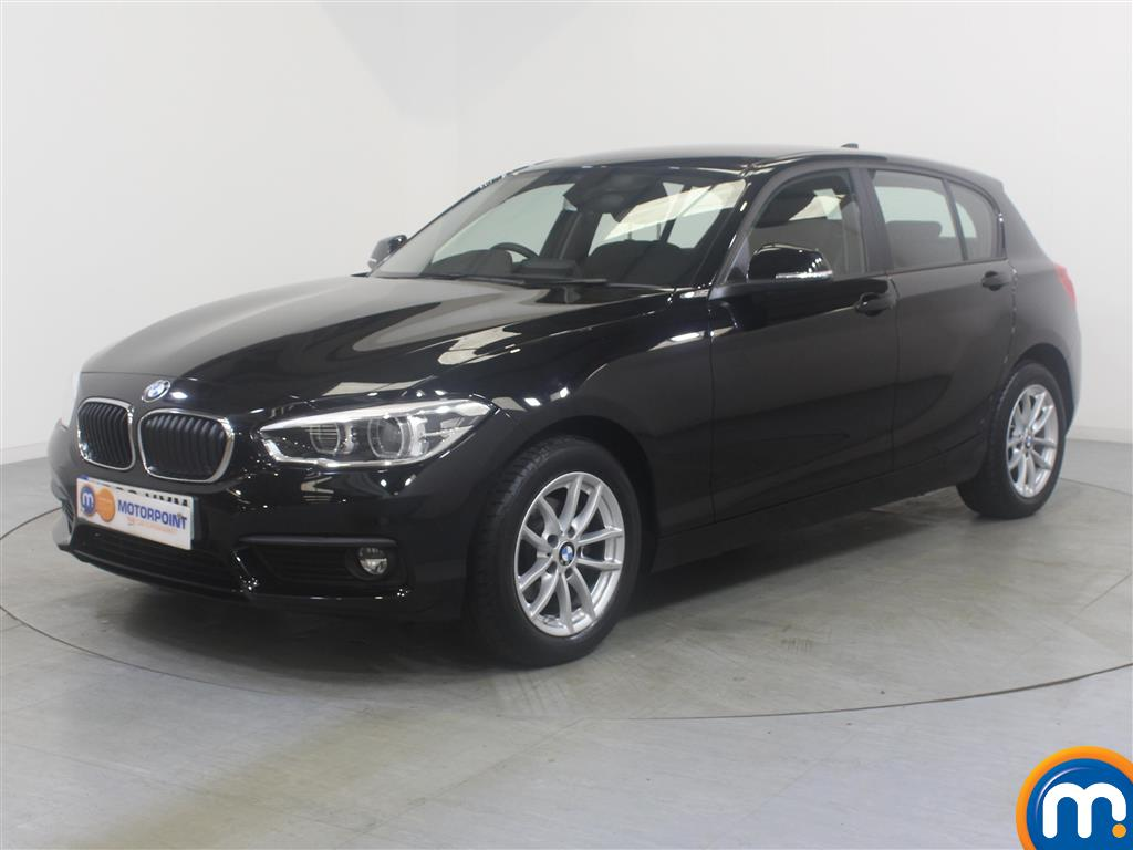 BMW 1 Series SE Business - Stock Number (1032638) - Passenger side front corner