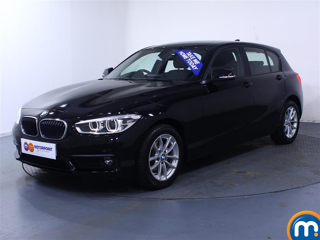 BMW 1 Series SE Business - Stock Number (1031284) - Passenger side front corner