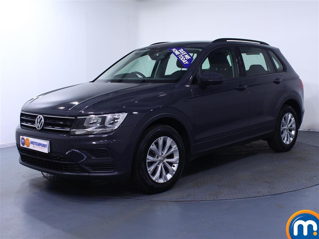 Volkswagen Tiguan S - Stock Number (1033344) - Passenger side front corner