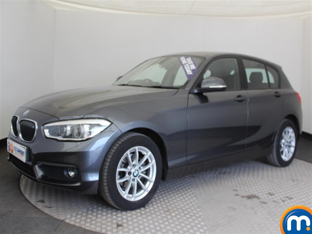 BMW 1 Series SE Business - Stock Number (1030765) - Passenger side front corner
