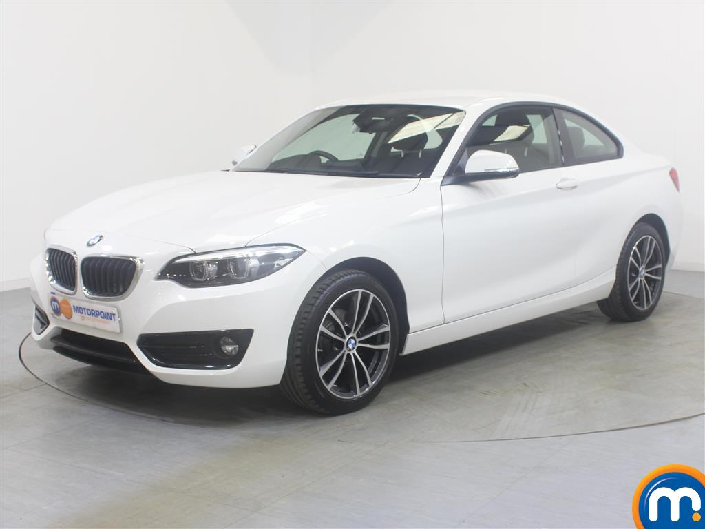 BMW 2 Series Sport - Stock Number (1034080) - Passenger side front corner