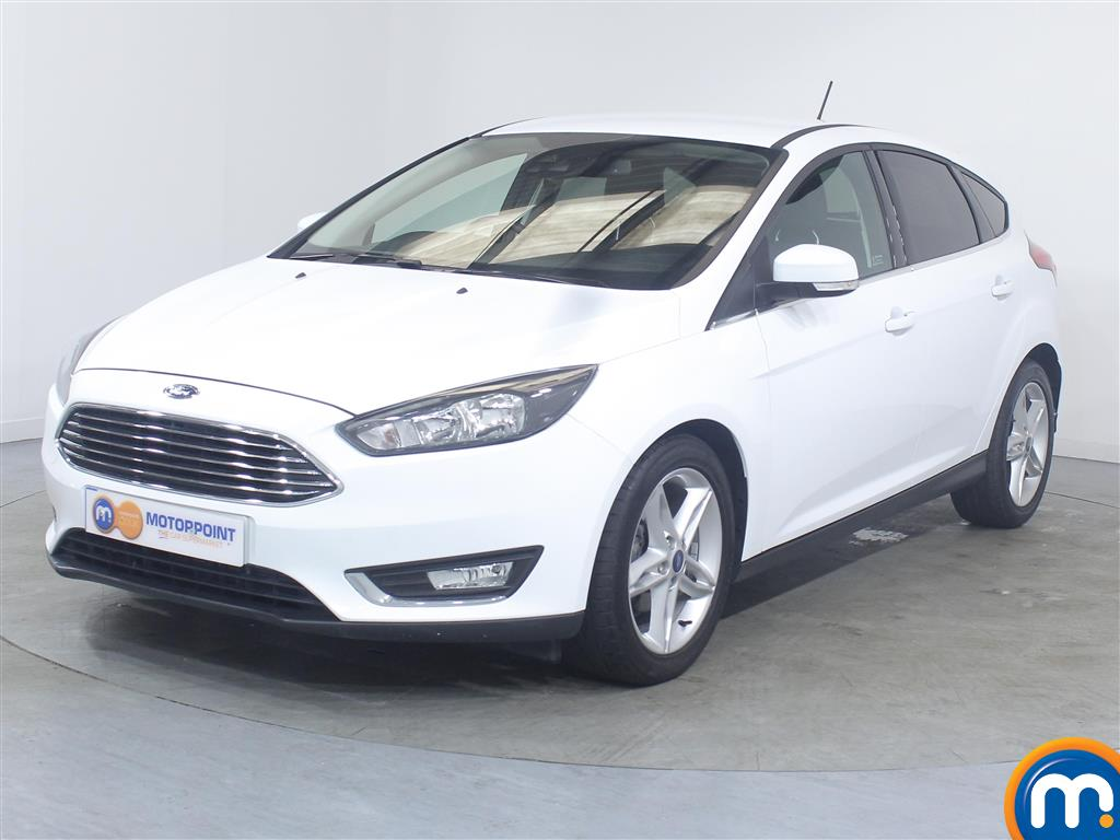 Ford Focus Titanium - Stock Number (1034616) - Passenger side front corner