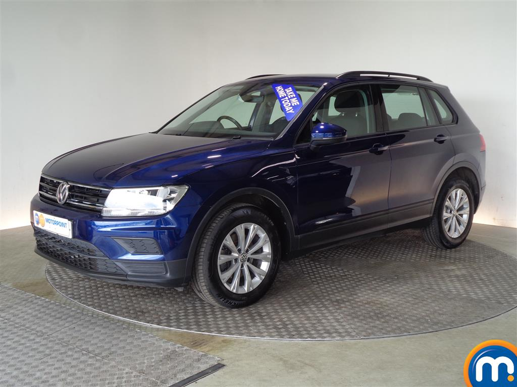 Volkswagen Tiguan S - Stock Number (1032174) - Passenger side front corner
