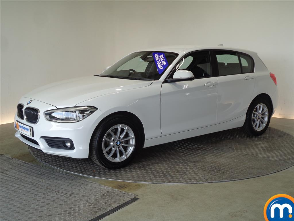 BMW 1 Series SE Business - Stock Number (1030798) - Passenger side front corner