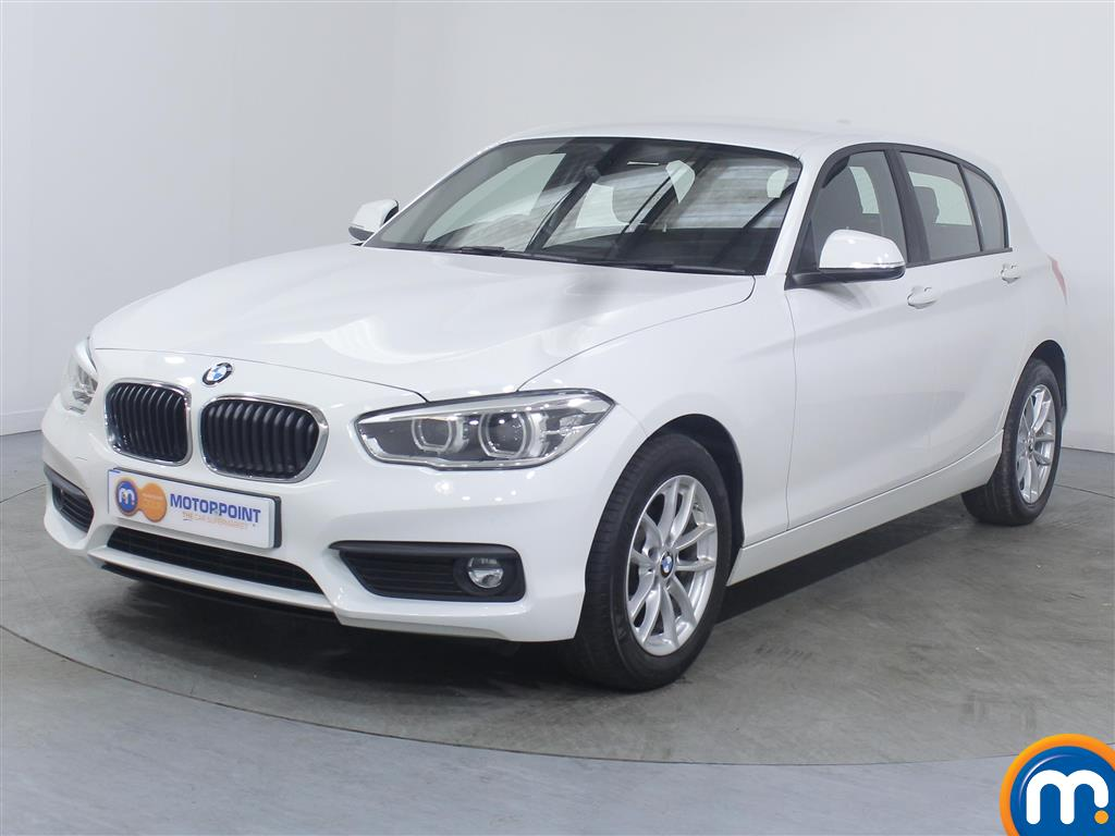 BMW 1 Series SE Business - Stock Number (1032588) - Passenger side front corner