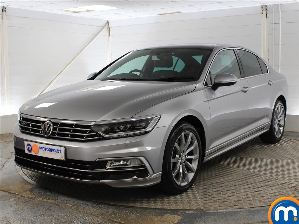Volkswagen Passat R Line - Stock Number (1035239) - Passenger side front corner