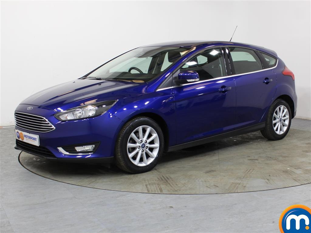 Ford Focus Titanium - Stock Number 1034850 Passenger side front corner