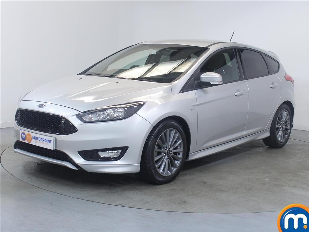 Ford Focus ST-Line - Stock Number 1031003 Passenger side front corner