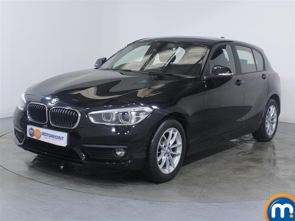 BMW 1 Series SE Business - Stock Number (1037949) - Passenger side front corner
