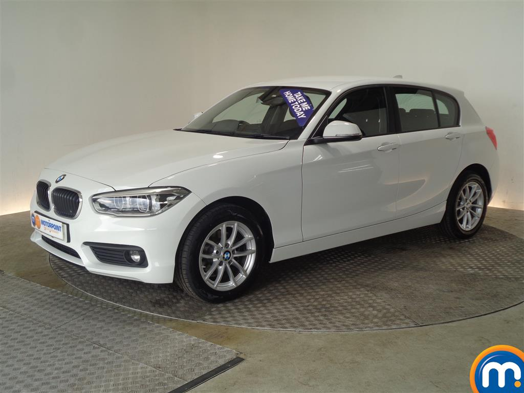BMW 1 Series SE Business - Stock Number (1035117) - Passenger side front corner