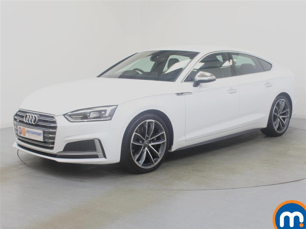 Audi A5 S5 - Stock Number 1033581 Passenger side front corner