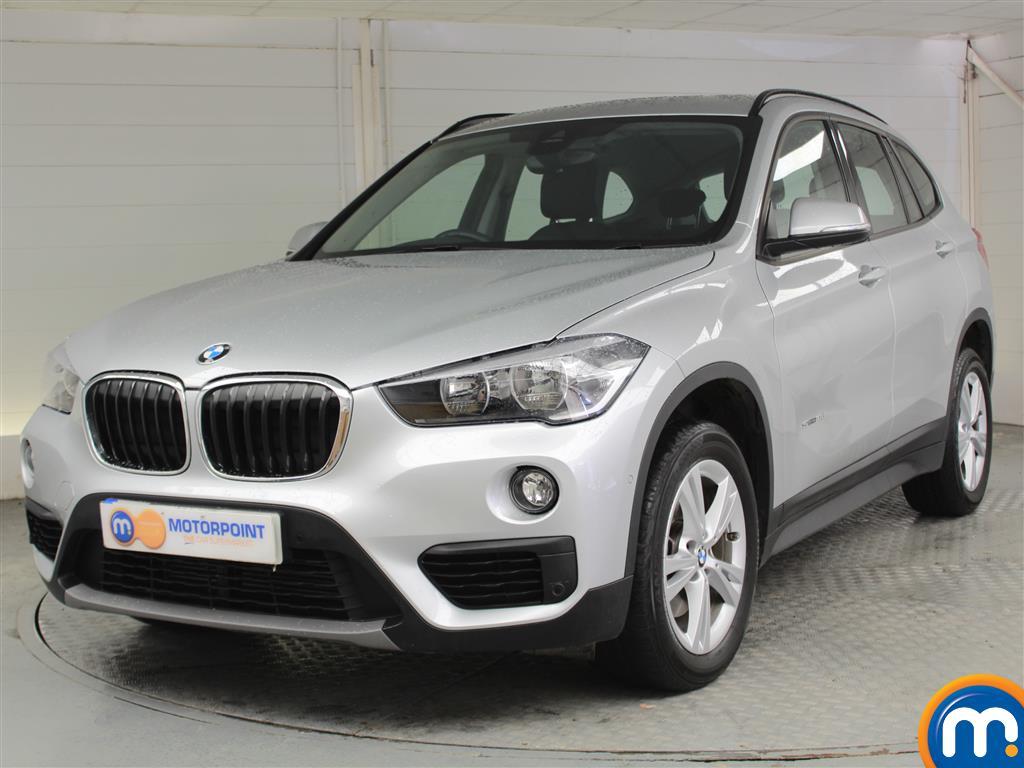 BMW X1 SE - Stock Number 1041220 Passenger side front corner
