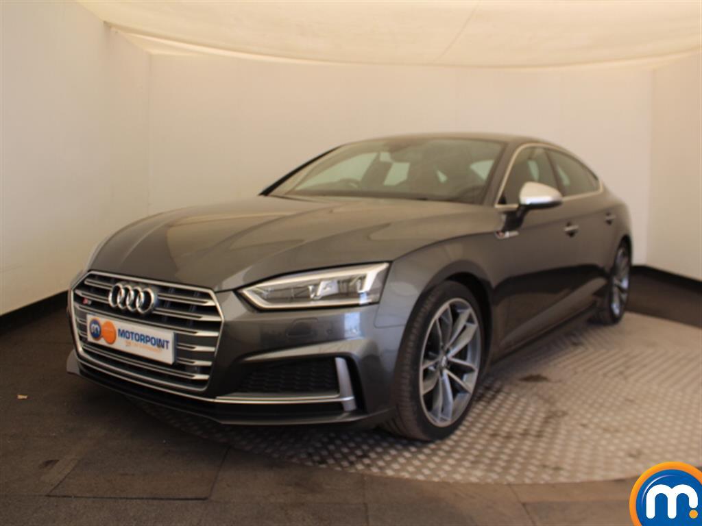 Audi A5 S5 - Stock Number 1040268 Passenger side front corner