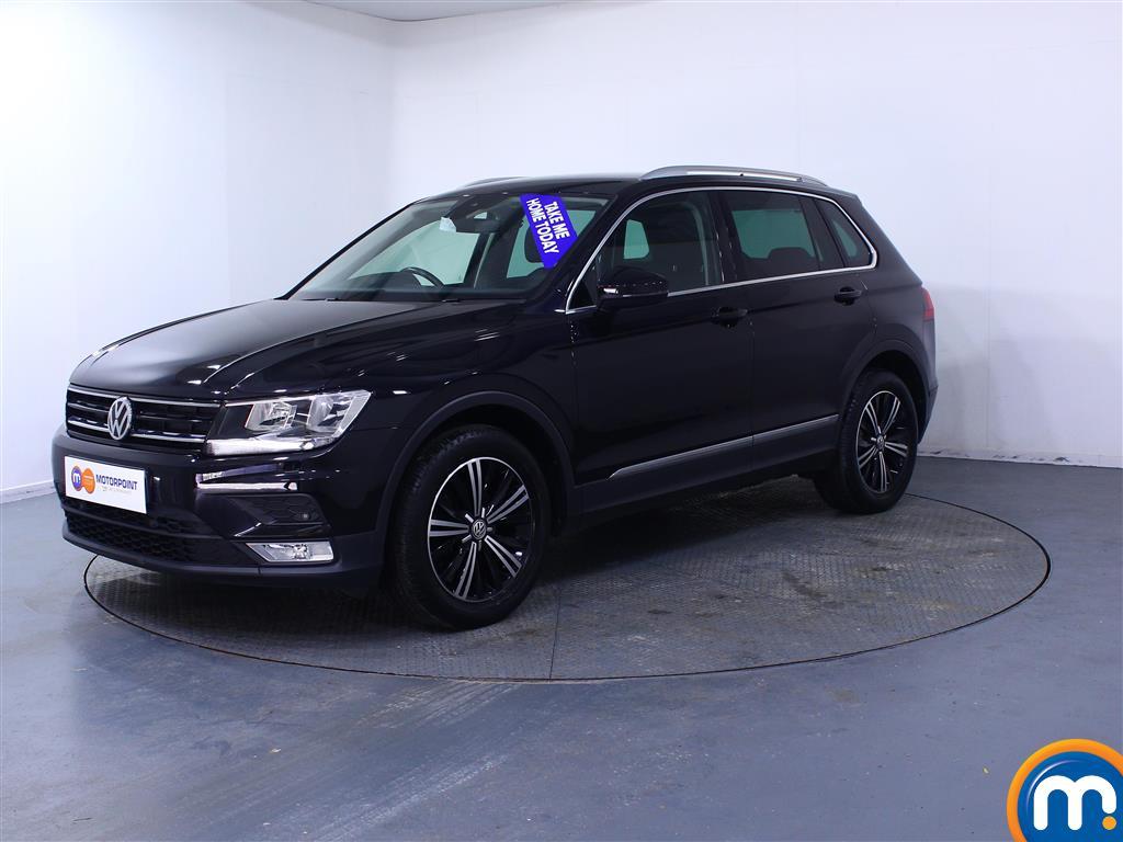 Volkswagen Tiguan SE - Stock Number (1041107) - Passenger side front corner