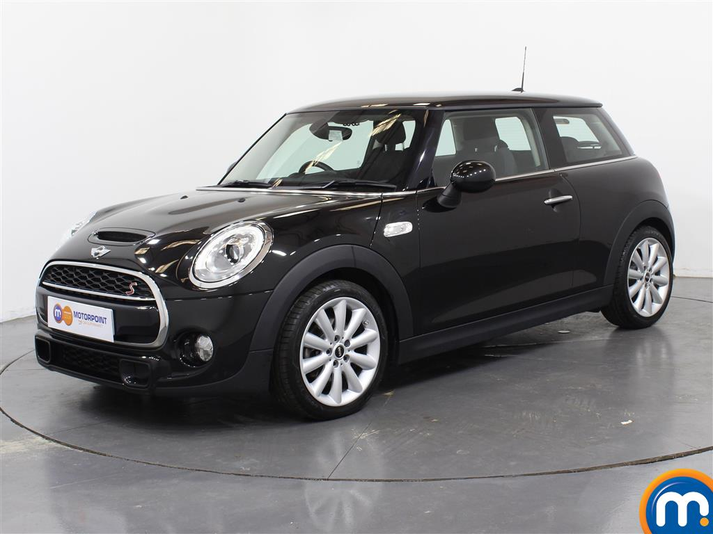 Mini Hatchback Cooper S - Stock Number 1035991 Passenger side front corner