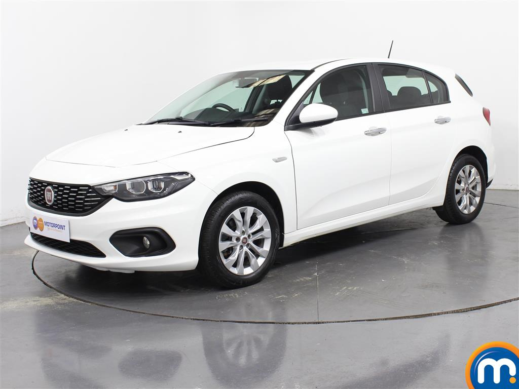 Fiat Tipo Easy Plus - Stock Number (1039870) - Passenger side front corner