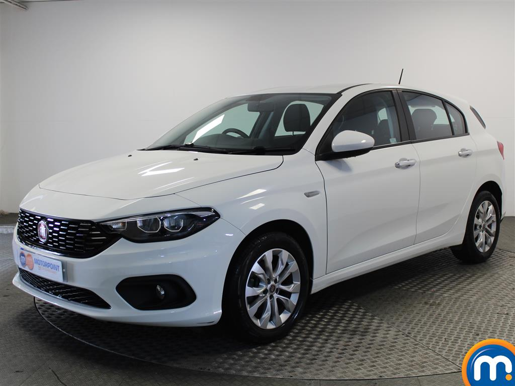Fiat Tipo Easy Plus - Stock Number (1039881) - Passenger side front corner