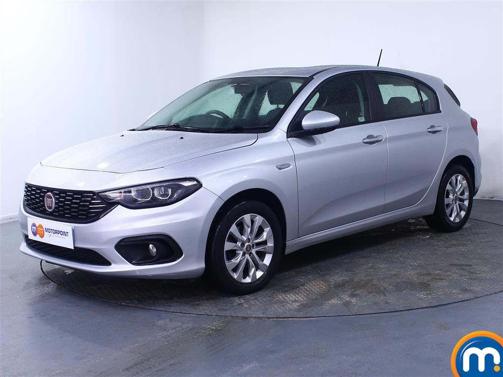 Fiat Tipo Easy Plus - Stock Number (1044955) - Passenger side front corner