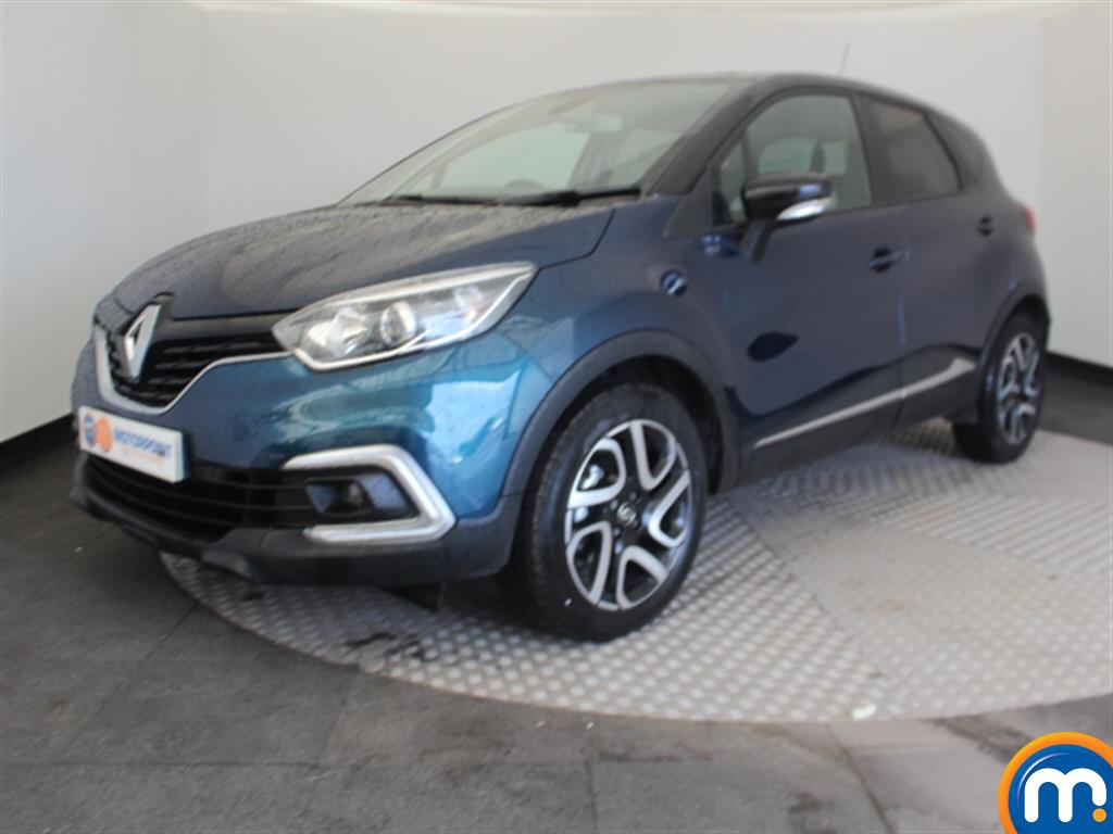 Renault Captur Iconic - Stock Number 1043109 Passenger side front corner