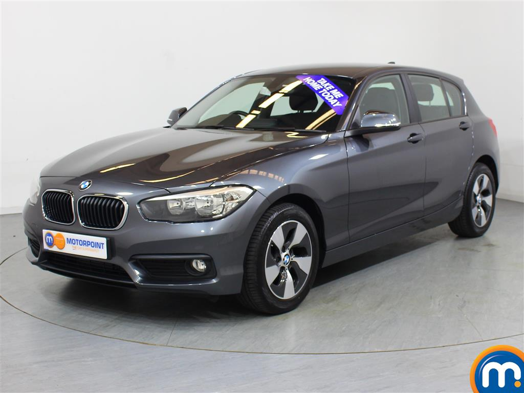 BMW 1 Series SE - Stock Number (1043941) - Passenger side front corner
