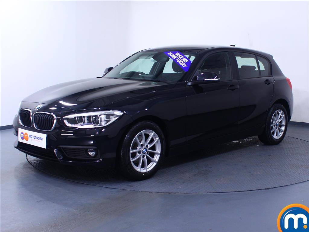 BMW 1 Series SE Business - Stock Number 1049405 Passenger side front corner