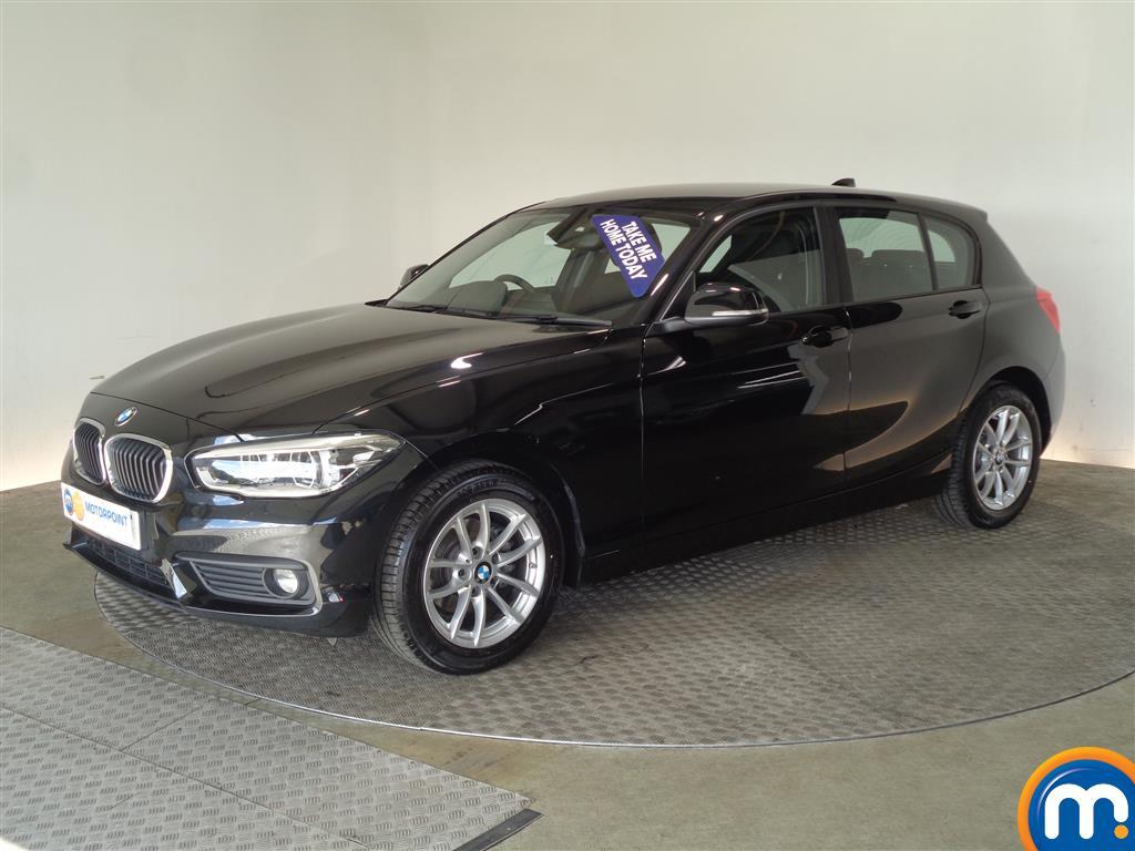 BMW 1 Series SE Business - Stock Number 1049414 Passenger side front corner