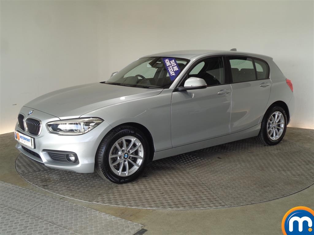 BMW 1 Series SE Business - Stock Number 1049452 Passenger side front corner
