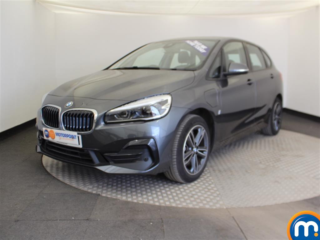 BMW 2 Series Sport Premium - Stock Number 1048080 Passenger side front corner