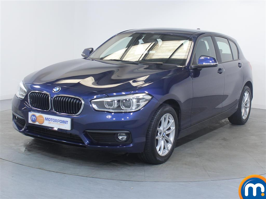 BMW 1 Series SE Business - Stock Number 1048163 Passenger side front corner