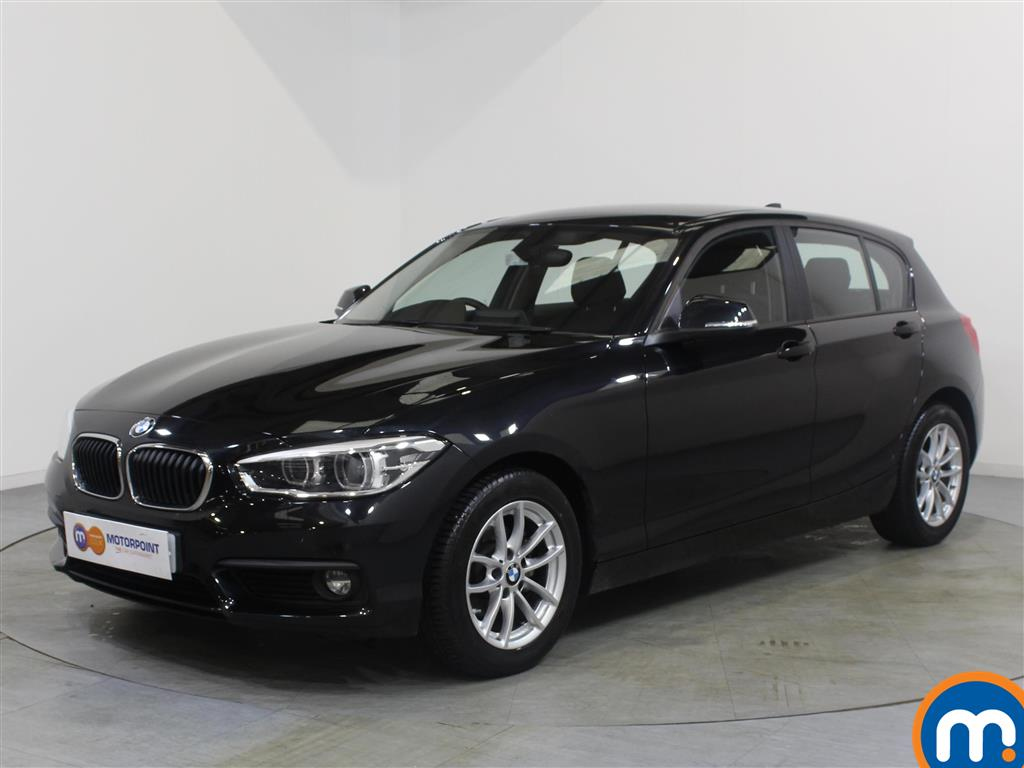 BMW 1 Series SE Business - Stock Number 1049398 Passenger side front corner