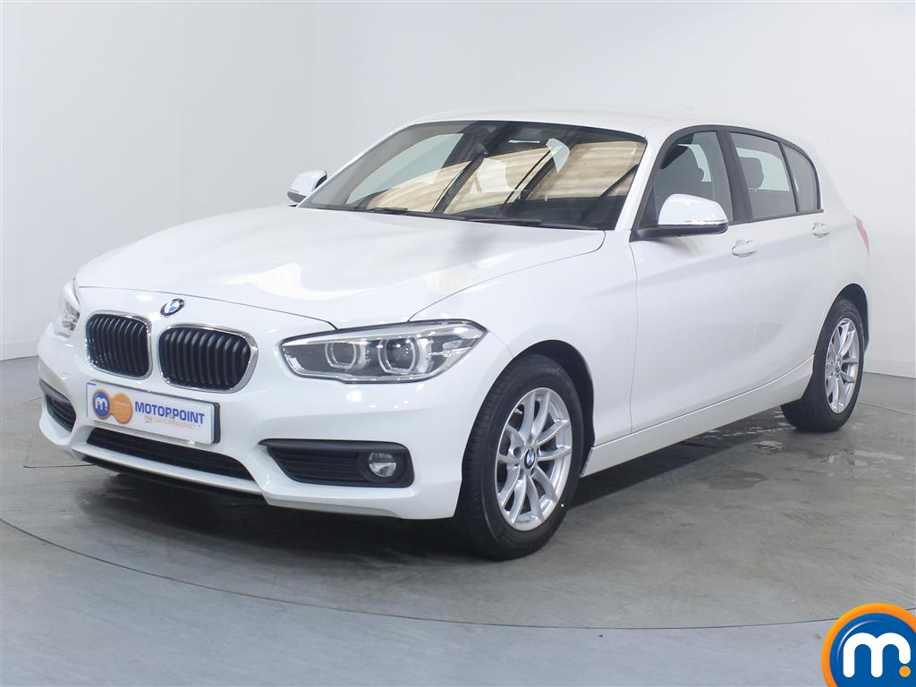BMW 1 Series SE Business - Stock Number 1049340 Passenger side front corner
