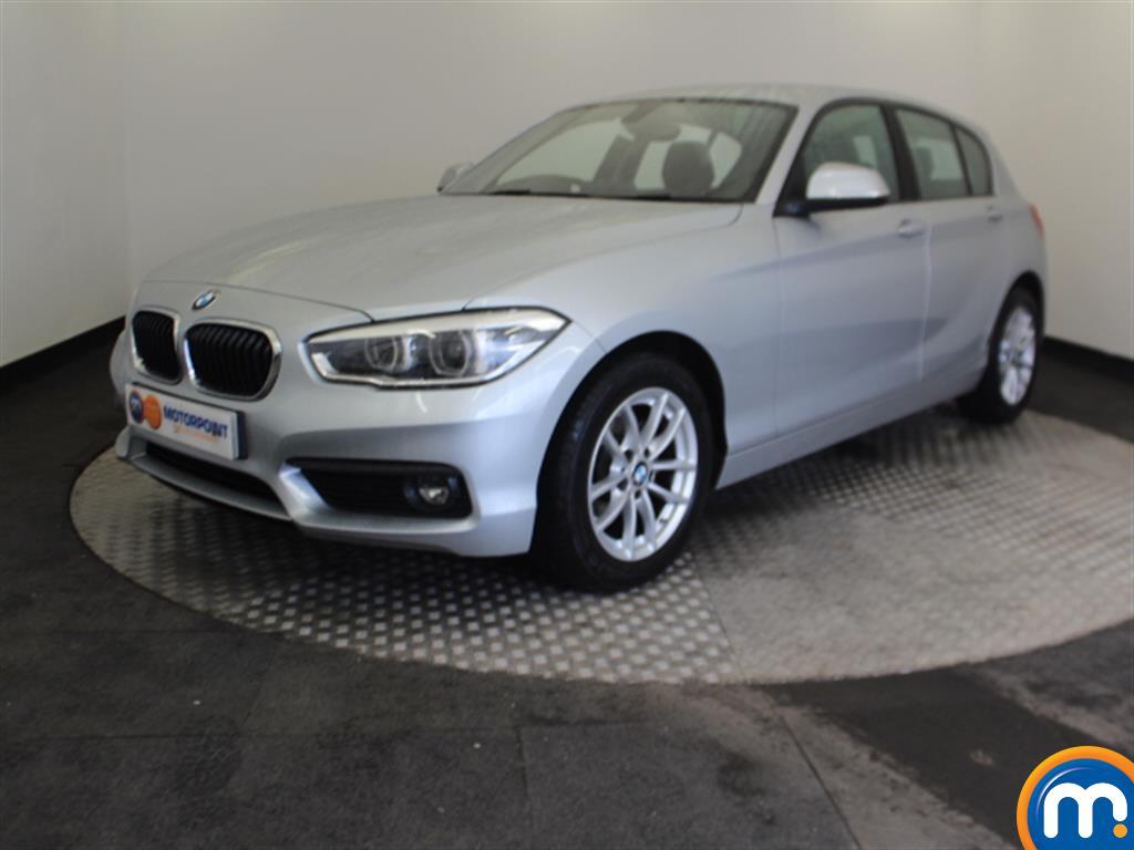 BMW 1 Series SE Business - Stock Number 1049463 Passenger side front corner