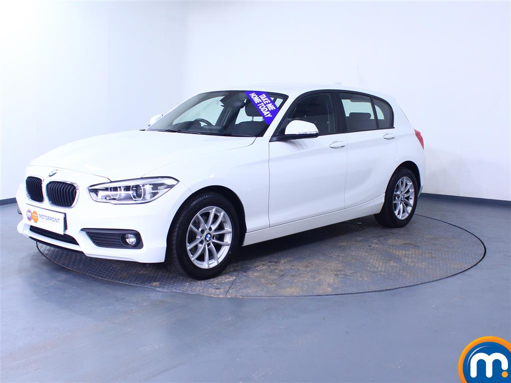 BMW 1 Series SE Business - Stock Number 1049351 Passenger side front corner