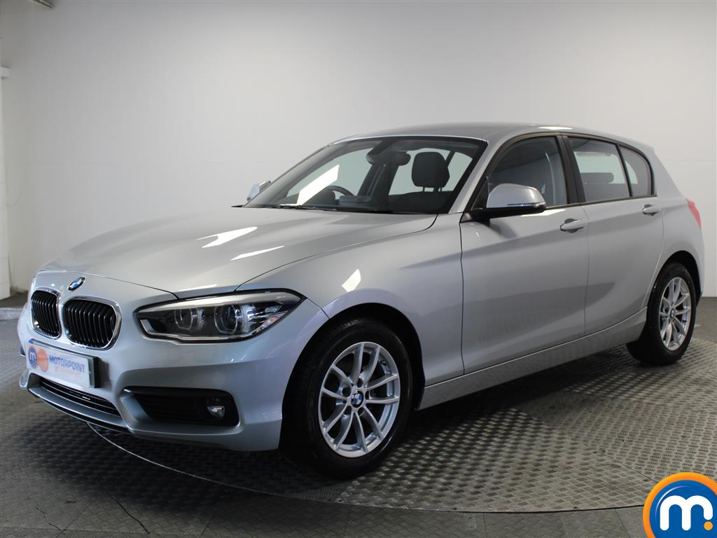 BMW 1 Series SE Business - Stock Number 1049439 Passenger side front corner
