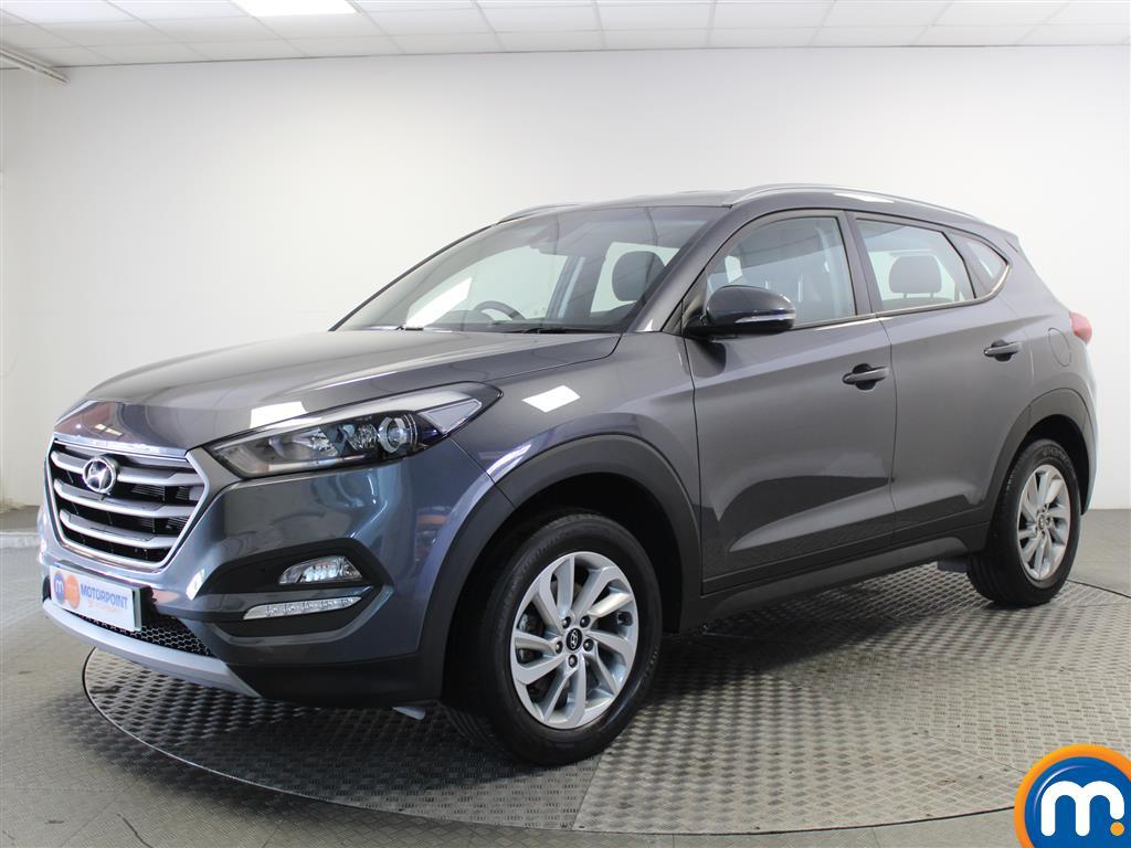 Hyundai Tucson SE - Stock Number 1052139 Passenger side front corner