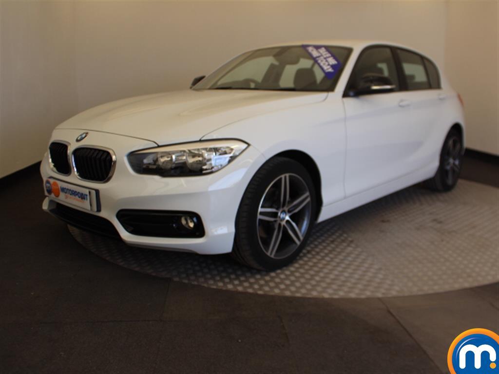 BMW 1 Series Sport - Stock Number 1048739 Passenger side front corner