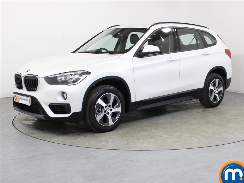 BMW X1 SE - Stock Number 1052137 Passenger side front corner