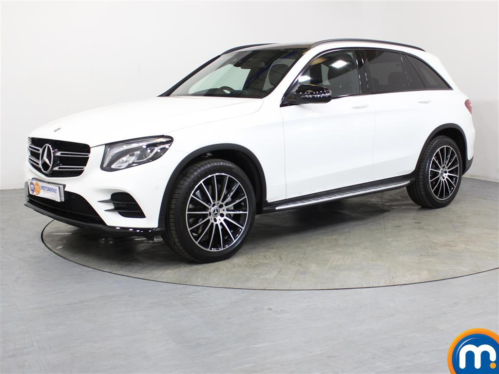 Mercedes-Benz GLC Night Edition - Stock Number 1049649 Passenger side front corner