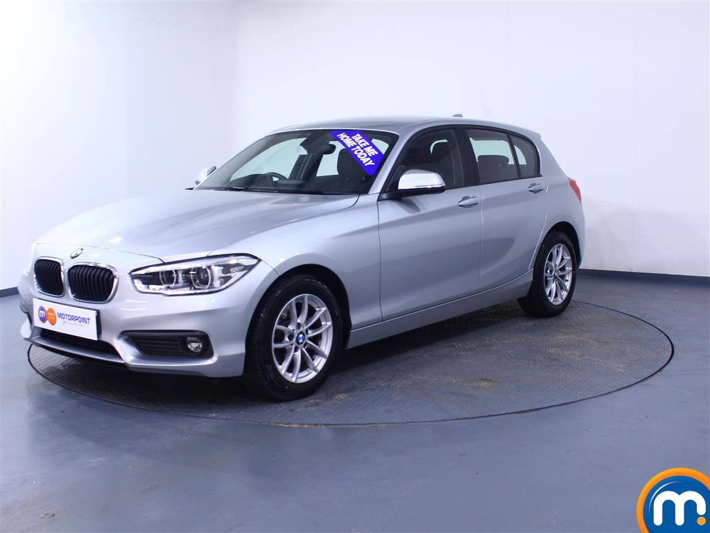 BMW 1 Series SE Business - Stock Number 1049447 Passenger side front corner