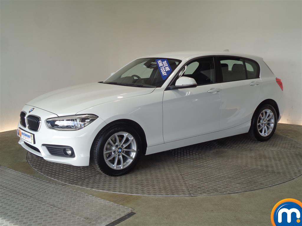 BMW 1 Series SE Business - Stock Number 1049361 Passenger side front corner